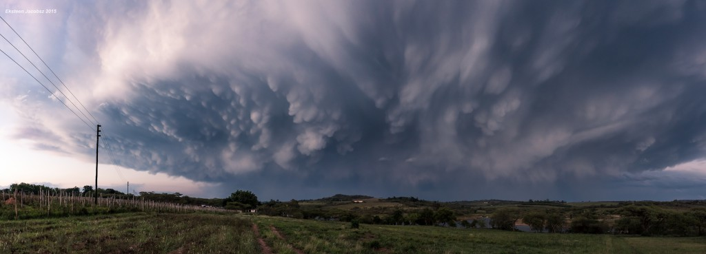 Thunderstorm cell, pano