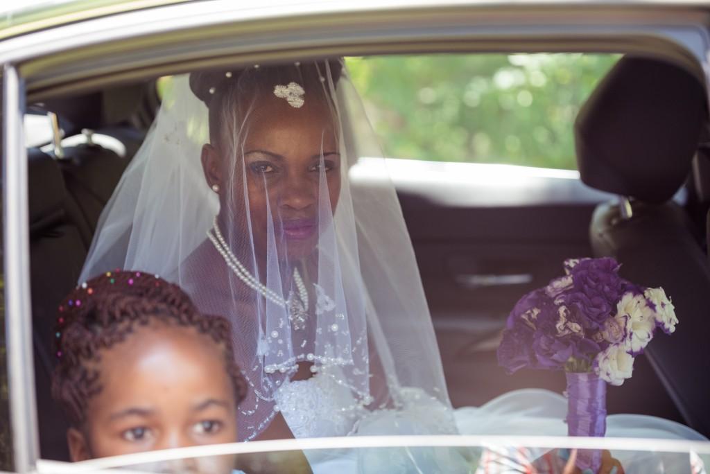 Bride, Window, arriving